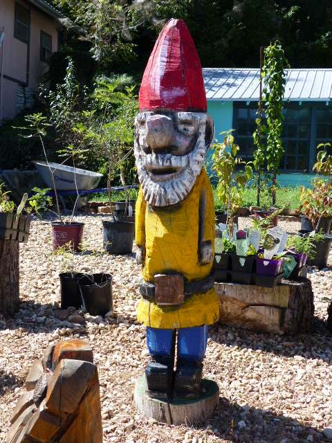 Yellow/red Gnome